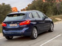 BMW 225i xDrive Active Tourer, 9 of 12
