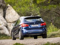 BMW 225i xDrive Active Tourer, 10 of 12