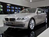 BMW 530d xDrive Geneva 2011