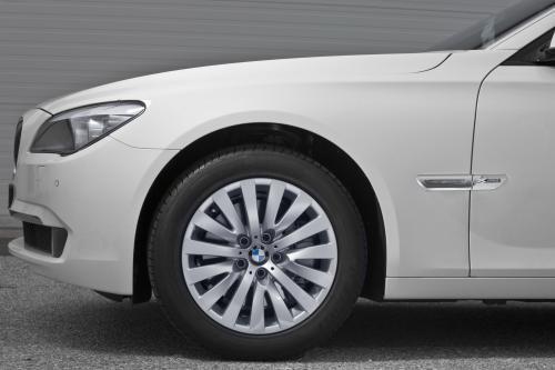 BMW 7-й серии 2010 модельного года