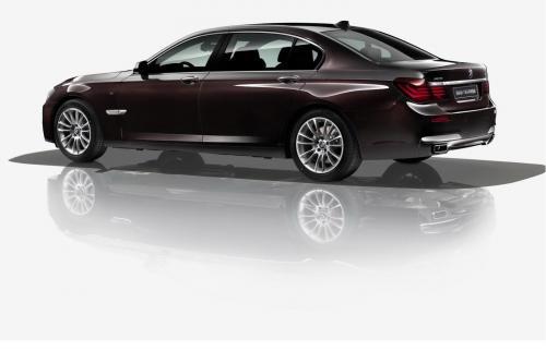 BMW 7-й серии Ф02 лошадь Edition для Китая