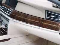 BMW 760Li, 2 of 19