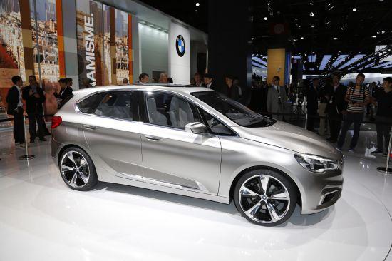 BMW Concept Active Tourer Paris