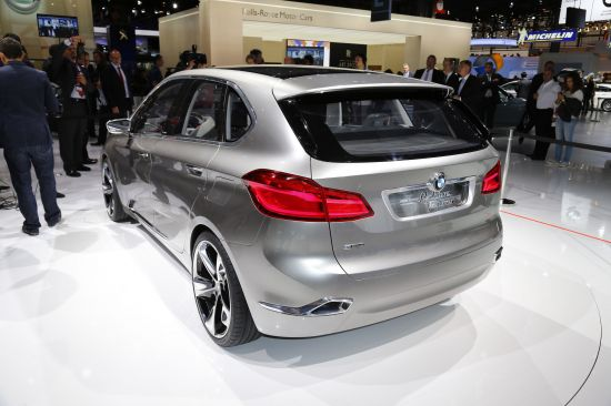 BMW Concept Active Tourer Paris