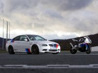 BMW E92 M3 vs BMW S 1000 RR Superbike, 5 of 8