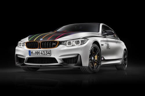 Компания BMW F82 М4 в DTM Чемпион Edition