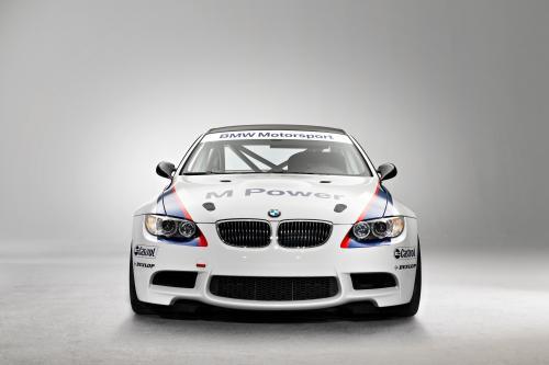 BMW M3 GT4 празднует 24-часовая премьера на Нюрбургринге