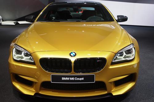 Увидят славу 2015 BMW М6 в движение [видео]