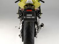 BMW S 1000 RR sportbike, 5 of 24