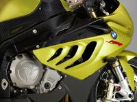 BMW S 1000 RR sportbike, 9 of 24