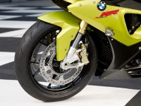 BMW S 1000 RR sportbike, 16 of 24
