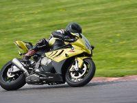 BMW S 1000 RR sportbike, 19 of 24