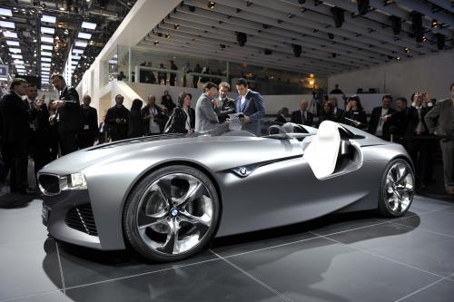 Женева 2011: BMW Vision Connected Drive Concept