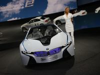 thumbnail image of BMW Vision EfficientDynamics Frankfurt 2011