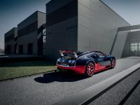 Bugatti Veyron 16.4 Grand Sport Vitesse Roadster, 4 of 6