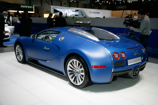 bugatti veyron bleu centenaire geneva 2009 picture 43989. Black Bedroom Furniture Sets. Home Design Ideas