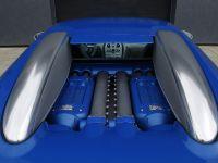 thumbnail image of Bugatti Veyron Bleu Centenaire