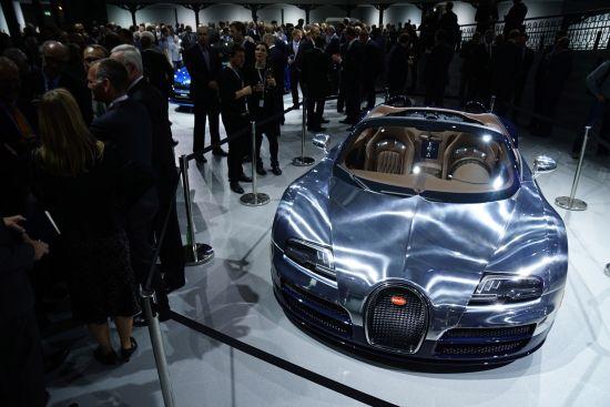 Bugatti Veyron Ettore Bugatti Legend Edition Paris