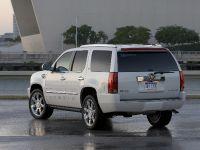 Cadillac Escalade Adds FlexFuel, 2 of 4