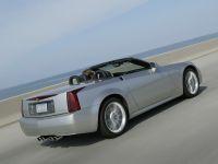 Cadillac XLR-V, 2 of 4