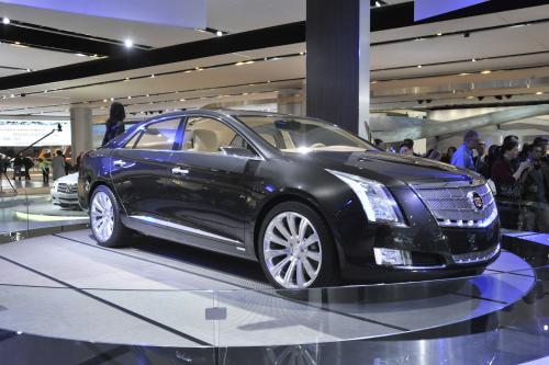 Cadillac XTS Platinum Concept - будущее high-end luxury
