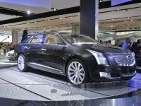 Cadillac XTS Platinum Concept Detroit 2010
