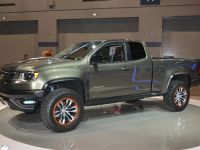 thumbnail image of Chevrolet Colorado ZR2 Concept Chicago 2015