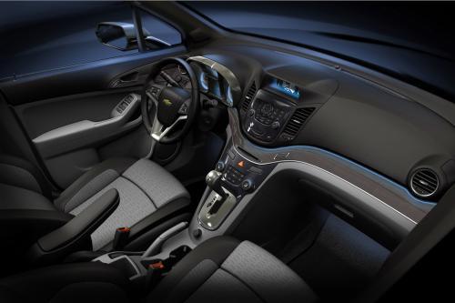 Шоу-кар Chevrolet Orlando сигналов вступления в новый для марки сегмент