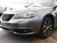 Chrysler 200 S convertible, 2 of 11