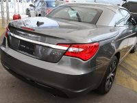 Chrysler 200 S convertible, 3 of 11
