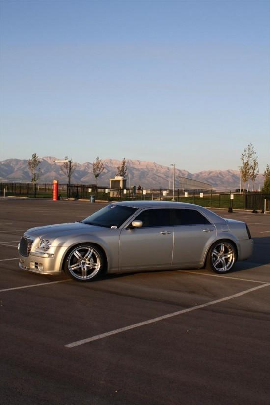 Chrysler 300C V10ch