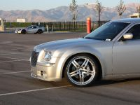 Chrysler 300C V10, 5 of 18