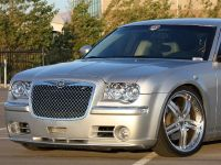 Chrysler 300C V10, 8 of 18