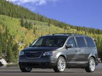Chrysler Town & Country EV, 1 of 5