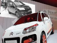 thumbnail image of Citroen C3 Picasso at the Paris Motor Show
