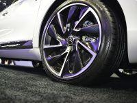 thumbnail image of Citroen DS5 Paris 2012