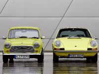 Classic MINI and Porsche 911, 8 of 38