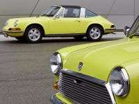 Classic MINI and Porsche 911, 12 of 38