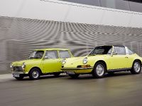Classic MINI and Porsche 911, 20 of 38