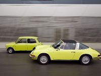 Classic MINI and Porsche 911, 26 of 38