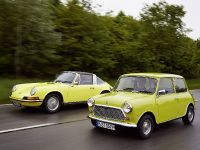 Classic MINI and Porsche 911, 29 of 38