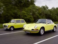 Classic MINI and Porsche 911, 32 of 38