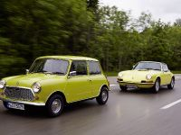 Classic MINI and Porsche 911, 33 of 38