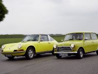 Classic MINI and Porsche 911, 35 of 38
