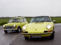Classic MINI and Porsche 911, 36 of 38