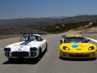 Chevrolet Corvette C6.R GT2 and 1960 Chevrolet Corvette Le Mans