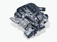 Cutting-edge F1 technology for production models, 15 of 28