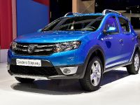 thumbnail image of Dacia Sandero Stepway Paris 2014