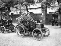 From 1898, with the new low-voltage magneto ignition: Phoenix car from Daimler Motoren Gesellschaft.