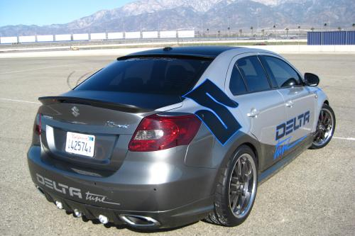Delta Tech Engineering Suzuki Kizashi на шоу SEMA 2009